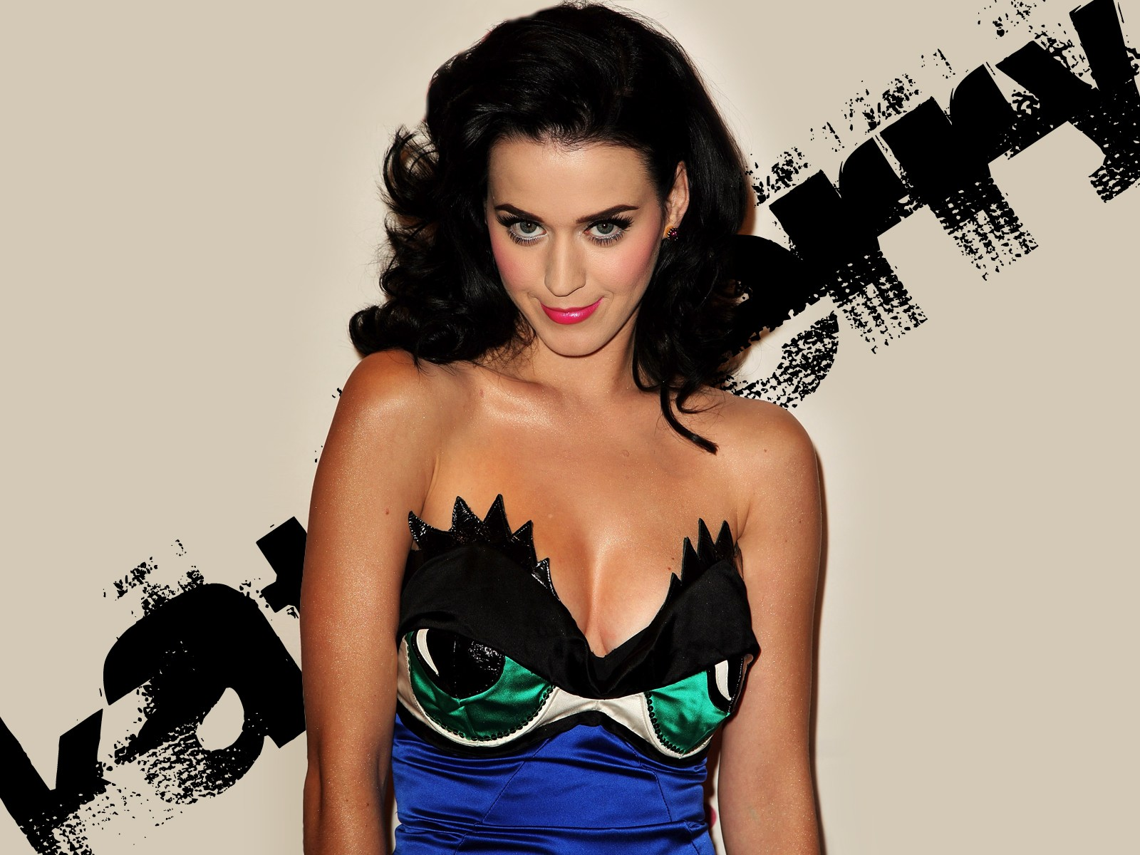 Katy Perry Boob Size