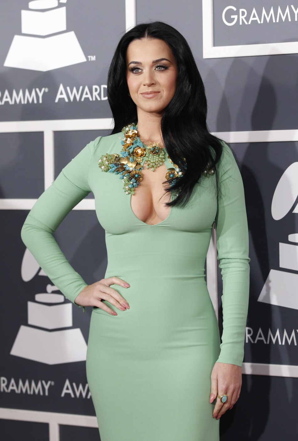 Katy Perry Erotic Nude Photos 39