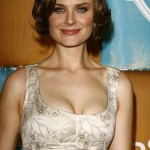 Emily Deschanel plastic surgery