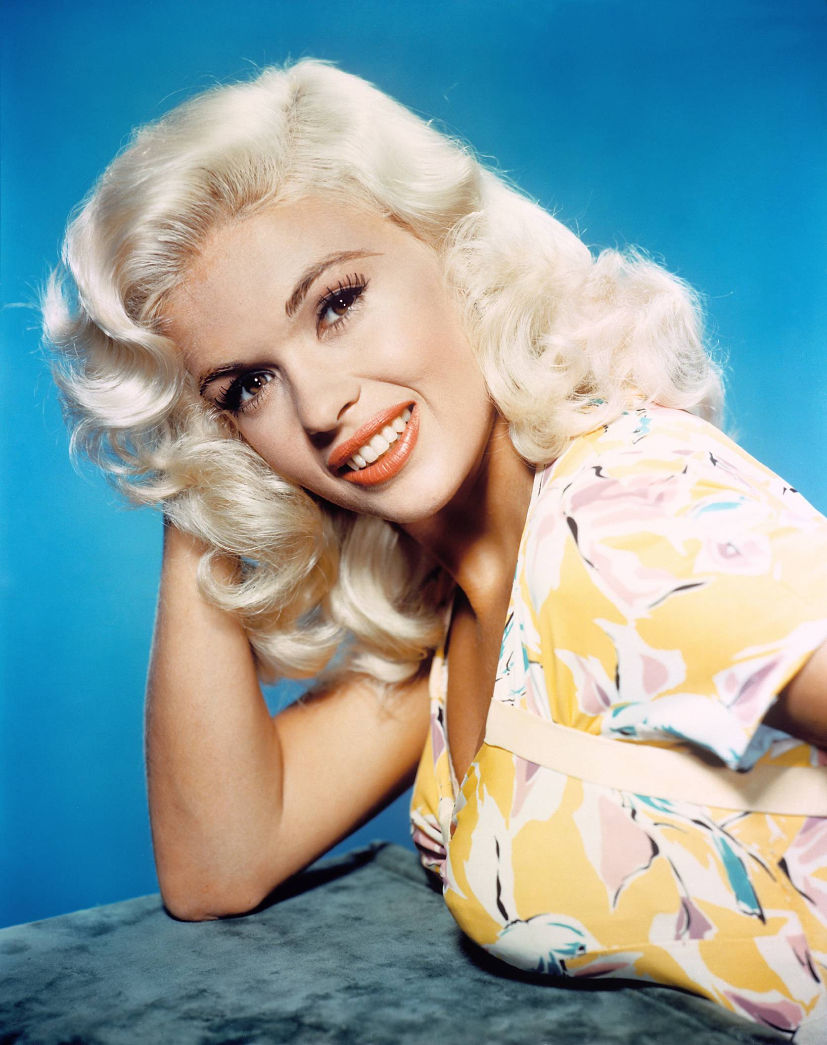 Jayne Mansfield cup size