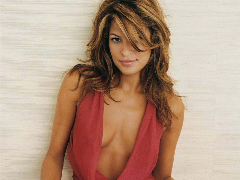 Eva Mendes breasts