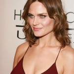 Emily Deschanel hot