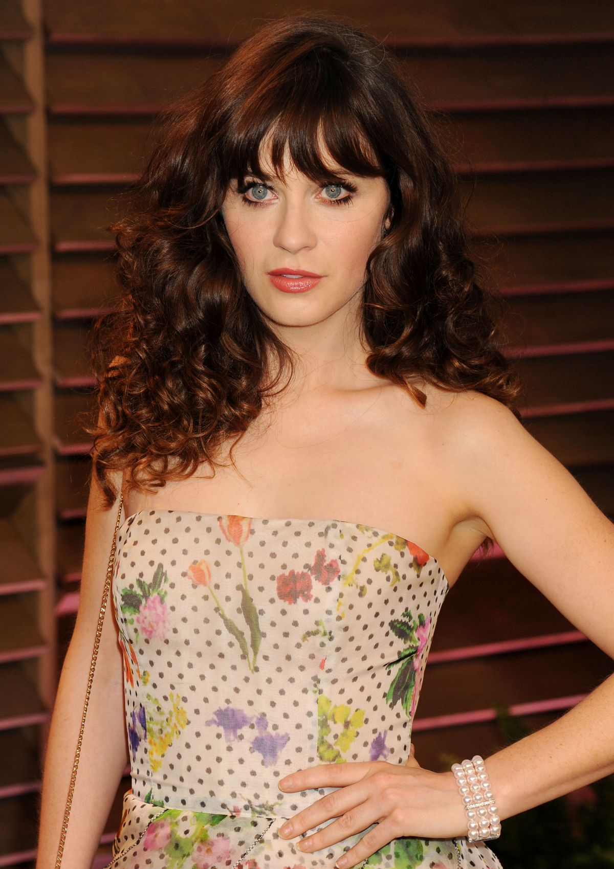 Zooey Deschanel body